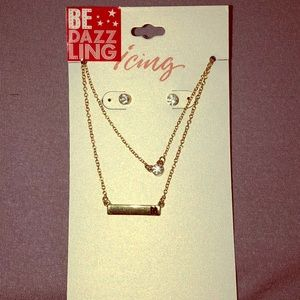 Icing earring and necklace combo